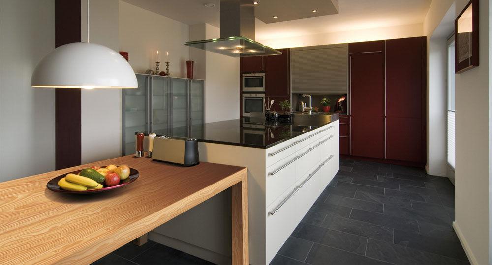 Möbelfolie Ahorn in Küchenzeile