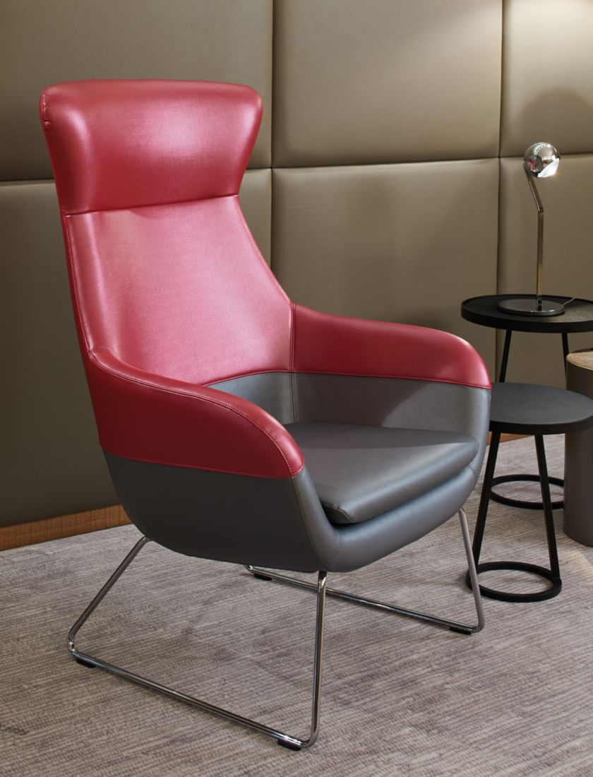 Sitting in Style: skai® Artificial Leather for the Upholstery of Chairs