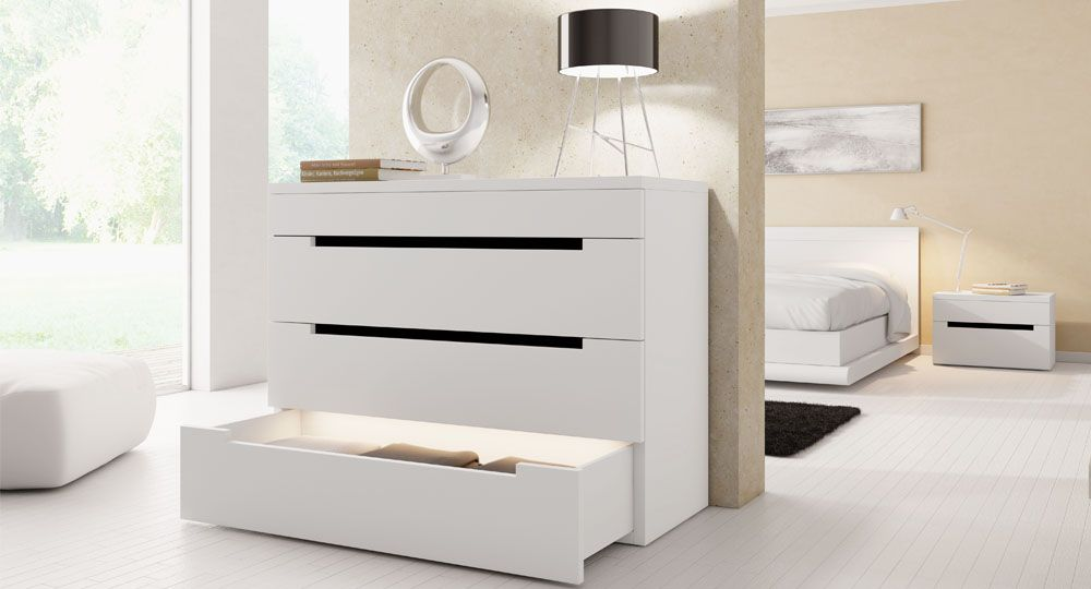 Möbelfolie in weiß & hellbeige Arona in Schlafzimmer an Regalfront